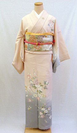 正絹訪問着フルセット「桜色地に優しい草花 訪問着」