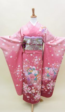 正絹振袖フルセット「ピンク地に上品な花古典 振袖」
