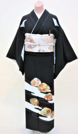 正絹黒留袖フルセット「貝合に流水 黒留袖」