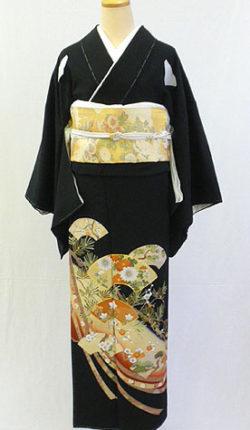 正絹黒留袖フルセット「扇地紙に吉祥花文様 黒留袖」
