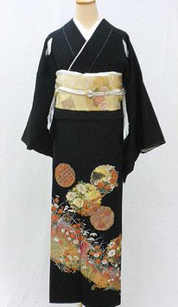 正絹黒留袖フルセット「花雪輪文様 黒留袖」