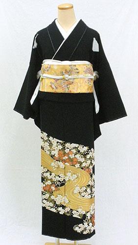 正絹黒留袖フルセット「桜花に流水文様 黒留袖」