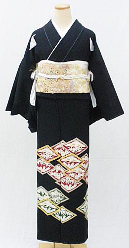 正絹黒留袖フルセット「菱文様 黒留袖」